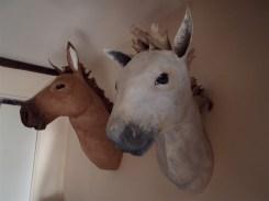 chevaux muraux en papierr