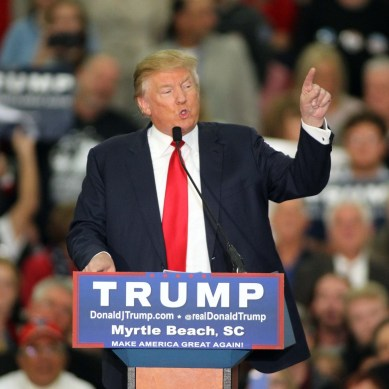 Donald Trump accused of offending handicapped reporter – IT DID NOT HAPPEN!