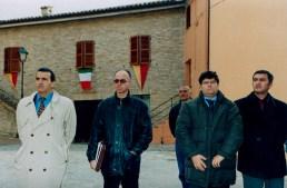 Da sx il Sindaco Mario Morgoni, Paolo Onofri, Fabrizio Asciutti e Fausto Cavalieri. Inaugurazione ristrutturato Piazzale San Martino a Galiziano il giorno domenica 23 novembre 2003. Foto di Silvio Menghi.