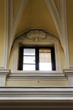 Finestra aperta della Chiesa di S. Francesco, vista dall'interno della Chiesa. Foto Sergio Ceccotti.