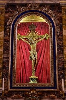 Antico Crocifisso Sec. XVI Chiesa di San Sisto. Monastero Benedettine di Santa Caterina in San Sisto a Potenza Picena - Foto Sergio Ceccotti.
