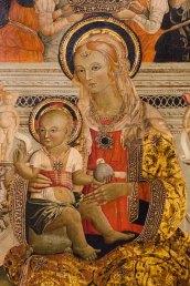 Particolare del trittico di Paolo Bontulli da Percanestro del 1507. Madonna con Bambino tra i santi Giacomo Maggiore e Rocco. Foto di Sergio Ceccotti.