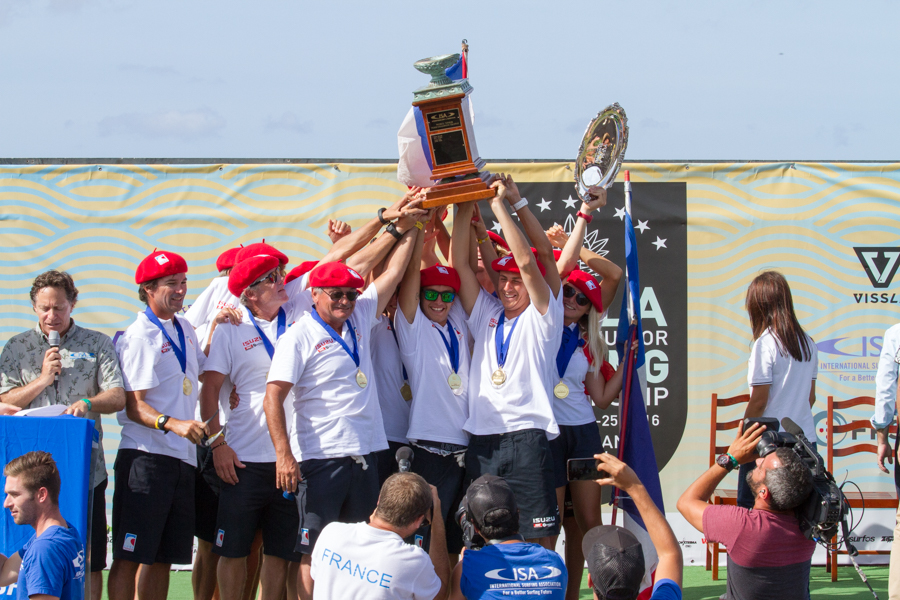 Team France celebrates their first time ever winning the ISA World Junior Team Champion Trophy. Photo: ISA / Miguel Rezendes
