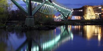 living-bridge-night