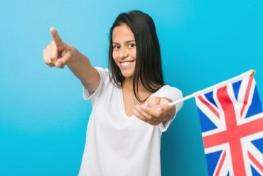 Girl pointing at the top universities for MBA in UK