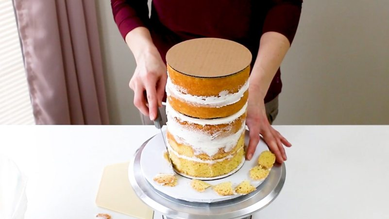 Trimming cake layers
