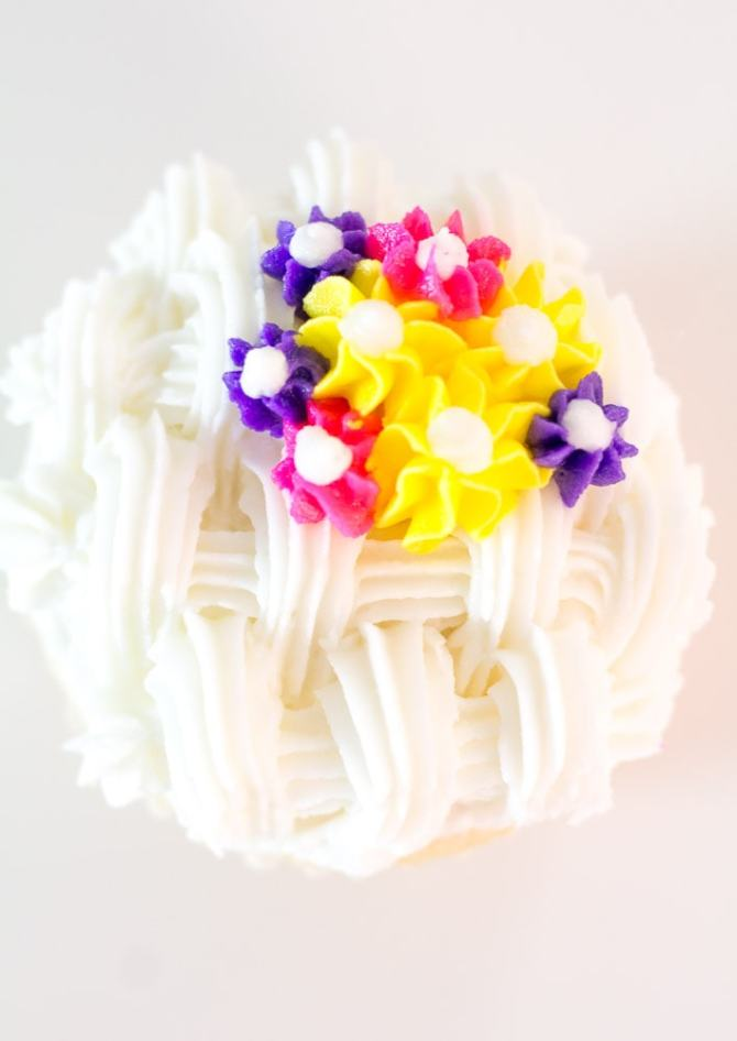 White Basketweave cupcakes