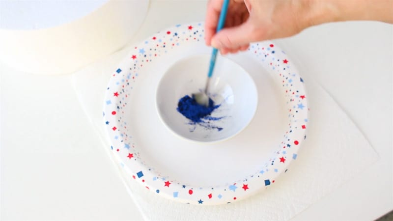 mix blue and black luster dust