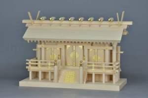 板葺屋根の神棚 厚板屋根通三社宮