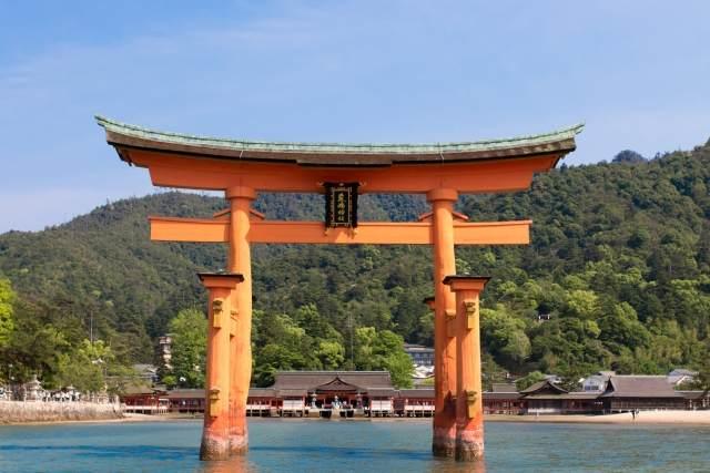 厳島神社の海上鳥居