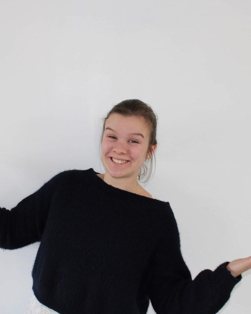 Victorine Colly est une diplômée de l'ISEL année 2018, elle s'est investi dans l'association des alumni car elle a la volonté de faire grandir le réseau isélien! Elle a alors rejoint l'équipe en tant que présidente. En plus de son poste au sein de l'association, elle travaille chez IDEA, sous le poste de chargée de projet.