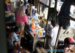 warung in the middle of cow market