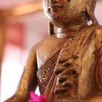 En buddhafigur, som viser hvilken ro man også kan få med Systemisk Opstilling