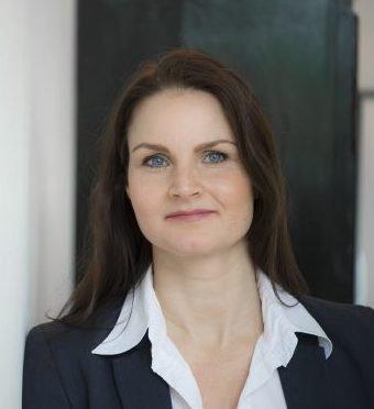 Lise Kramer underviser i Systemisk Opstilling i børnehøjde