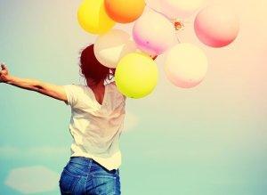 Kombinationen Familieopstilling og Oplevelsesafhængig neuroplasticitet skaber glæde i livet.