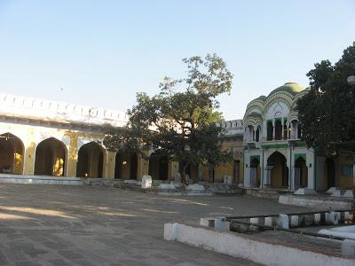 Aurangzeb's Tomb 3