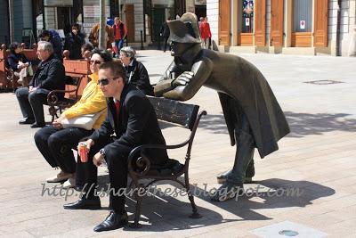 Bronze statues of Bratislava 1