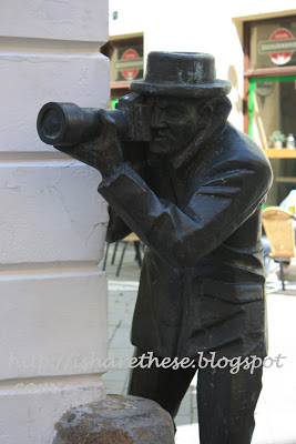 Bronze statues of Bratislava 3
