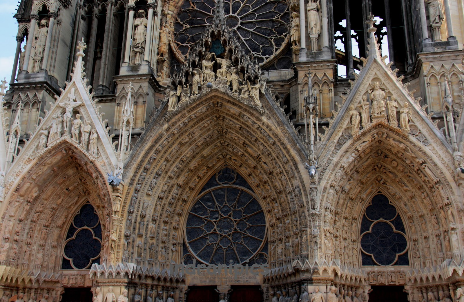 I Am Glad We Halted There To Capture This Architectural Gem It Was Here French Kings Were Once Crowned Reims Cathedral Used For More Than Eight