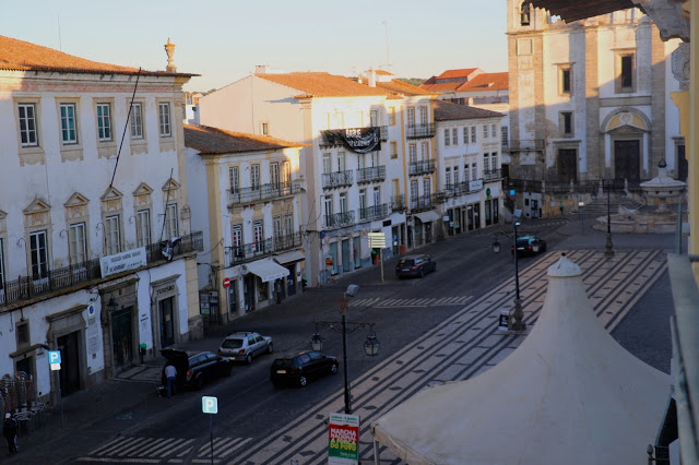 Giraldo Square
