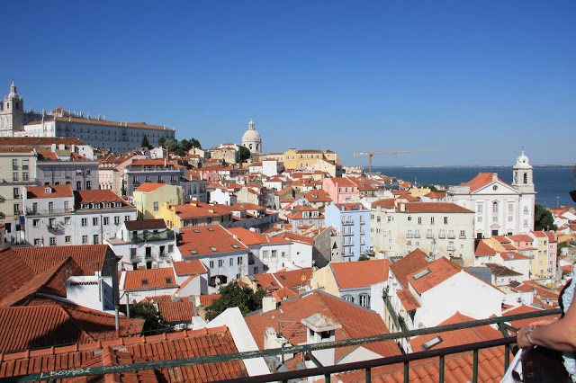 View_from_Alfama