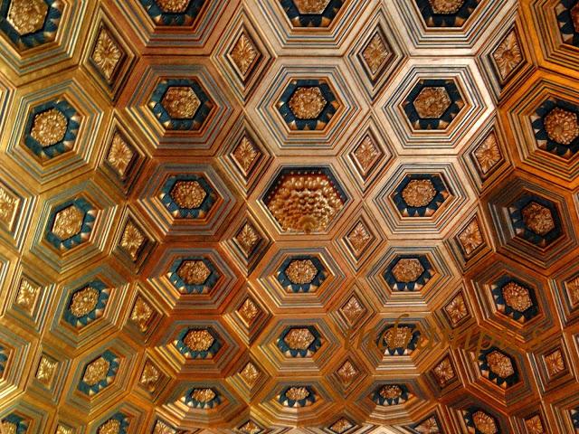 Alcazar-of-Segovia-ceiling-indranipics