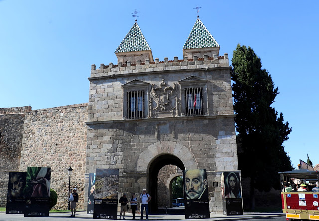must see toledo sights gate