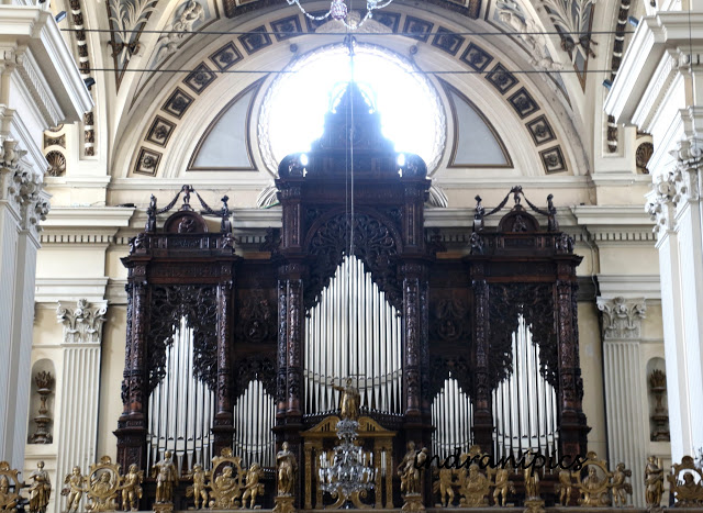 cathedral-of-san-salvador-organ