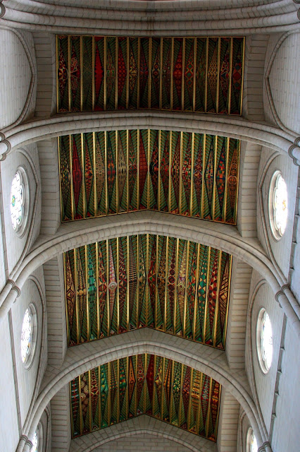 cieling-of-almudena-cathedral