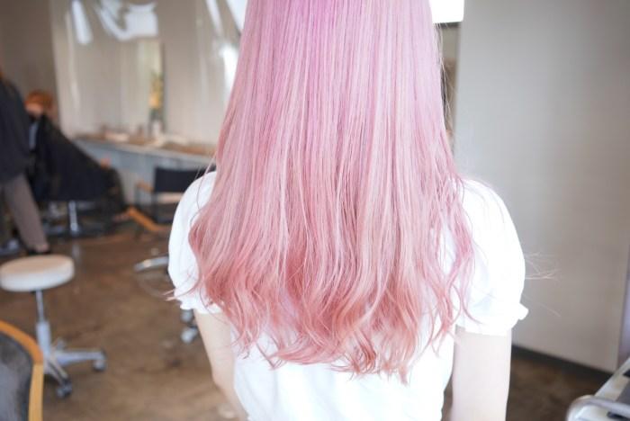 名古屋 コットンピンクカラー 薄ピンク ハイトーン ケアブリーチ 上手 得意