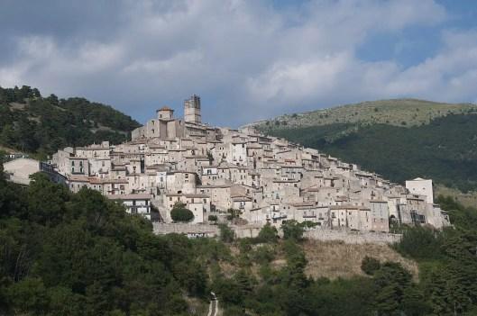 -_castel_del_monte_1