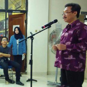 Dr. M. Agus Burhan, Rektor ISI Yogyakarta menyampaikan sambutan