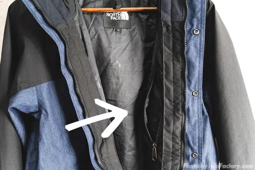 左の内ポケット