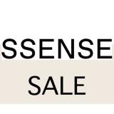 SSENSE セール