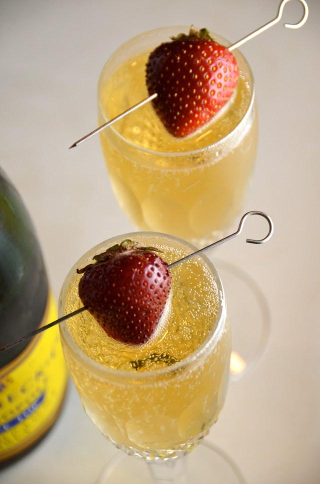Les Fizz Cocktail