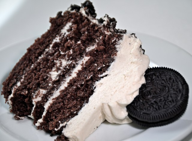 Cookies And Cream Oreo Cake