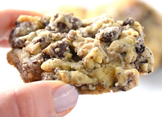 Chocolate And White Chocolate Chip Oreo Cookies