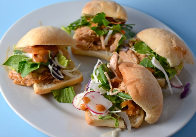 Slow Cooker Asian Turkey Sliders With Peanut Sauce