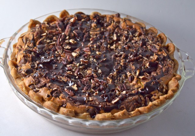 Brownie Cheesecake Pie
