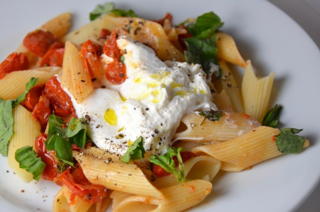 Pasta With Roasted Cherry Tomatoes And Burrata