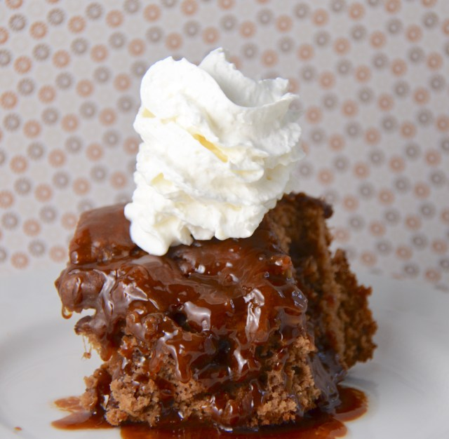 Sticky Toffee Pudding With Caramel Sauce