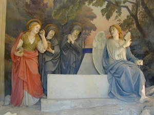 women-at-tomb