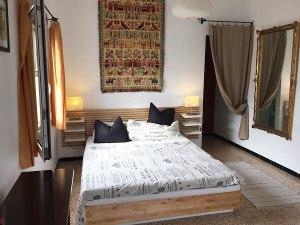 schlafzimmer-canmanuel-fincas-Fincas & Wohnungen