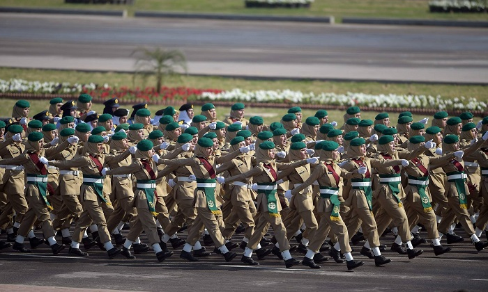 Pakistani female soldiers march past during a Pakistan Day military parade in Islamabad on March 23, 2017. Photo: AFP