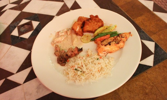 Our favorite at Title La Terrazza: Moroccan Chicken, Alfredo Pasta with Grilled Chicken and Fried Fish.