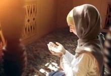 Photo of خمس وسائل، تجعلكِ محافظة على صلواتِك، ومحبوبة عند ربك.