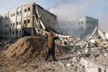 nov-16-2012-aftermath-of-israeli-airstrikes-on-the-civil-administration-building-e28093-gaza-54_4_14_16_11_20121