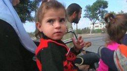 nov-20-2012-gaza-under-attack-2012-11-20t072929z_1_love8aj0kt4q0_rtrmadp_baseimage-960x540_gaza-family-peace-o