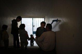 nov-20-2012-gaza-under-attack-2012-11-20t075456z_1619776280_gm1e8bk184b01_rtrmadp_3_palestinians-israel-displaced