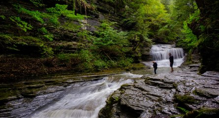 Upper Buttermilk Falls Gorge Trail, Ithaca, New York — FujiFilm X-T2 + Fujifilm XF16-55mmF2.8 R LM WR — (16 mm, f/10, ISO200)